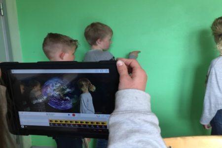Arbete med Green screen på Fjärås Bräckaskola...